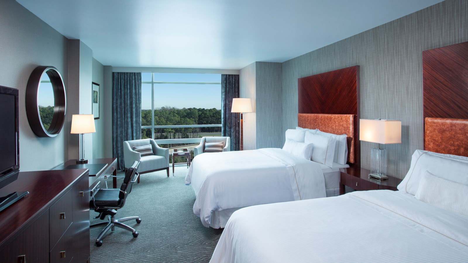 Club Level Heavenly Guest Room